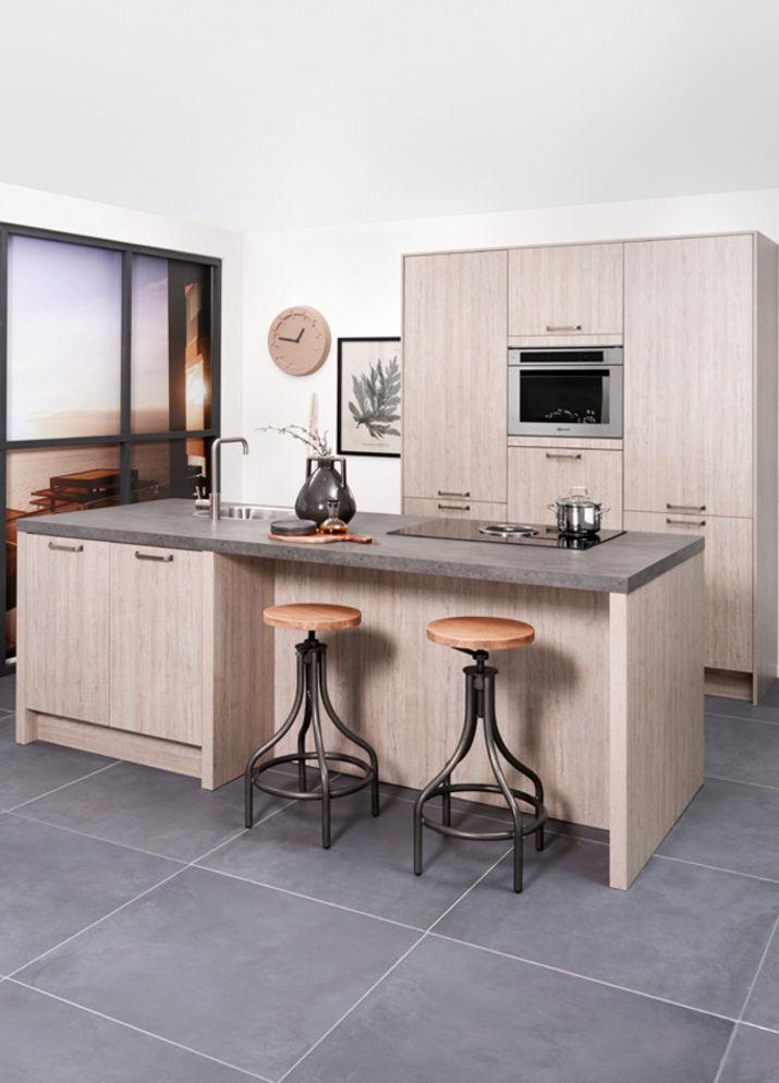 Keuken met bar Wooning