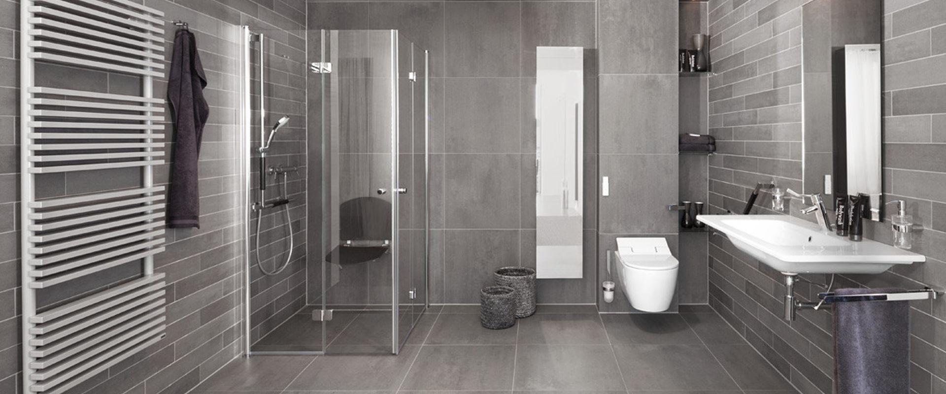 Betonlook badkamers bij Wooning