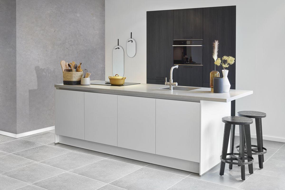 betonnen muur keuken