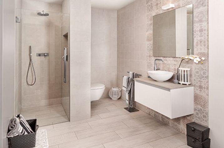Grijs-witte badkamers