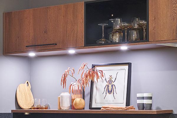 Spotjes in plafond keuken