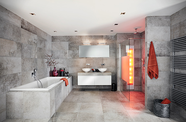 Grijze badkamer